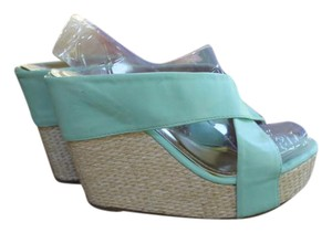 DB DK faux leather mint green Mules