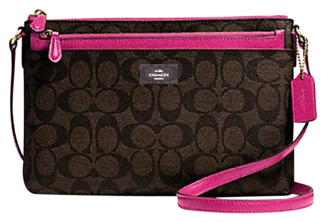 Item - East West Clutch In Signature with F 58316 Pink Gold Tone Hardware Canvas Cross Body Bag