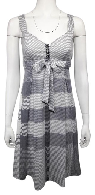 Item - Gray and White Voile Fit-and-flare Mid-length Short Casual Dress Size 2 (XS)