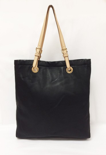 MICHAEL Michael Kors Jet Set North South Leather Tote in Black Image 11