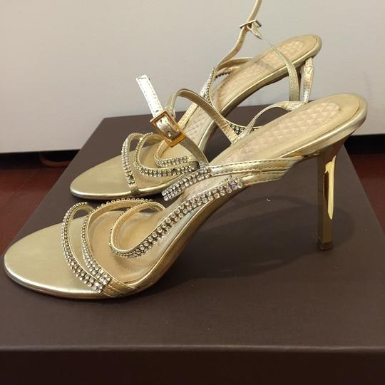 Valerie Stevens High Heel gold Pumps