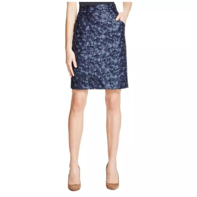 Preload https://img-static.tradesy.com/item/21818334/dkny-navy-pencil-skirt-size-8-m-29-30-0-0-650-650.jpg