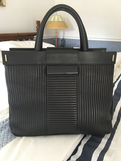 Marc by Marc Jacobs Tote in Black Image 4