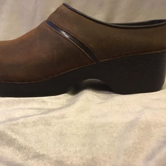Bass brown Mules Image 2