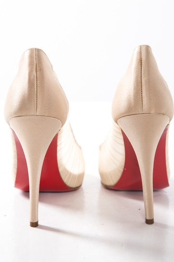 Christian Louboutin Beige Pumps Image 3