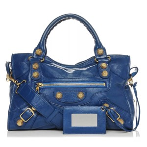 d757747db564 Balenciaga Handbags on Sale - Up to 70% off at Tradesy