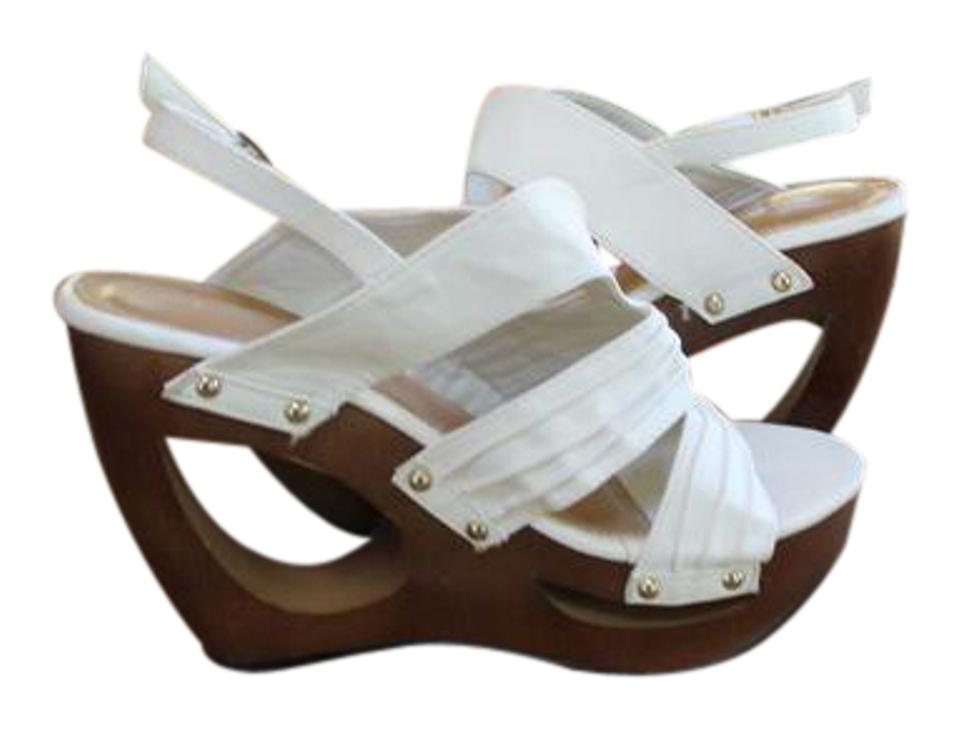 8b9b493ea De Blossom Collection Off White Adorable Cutt Out Open Toe Wooden ...