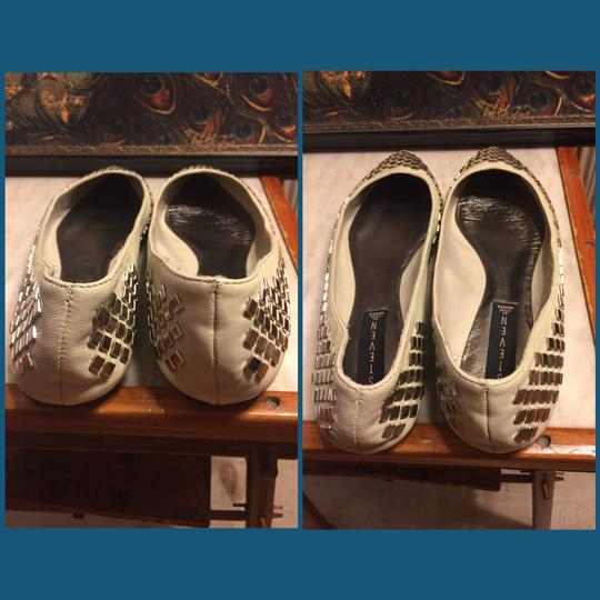 Steve Madden Putty (very light grayish-beige)/ Silver Flats Image 3