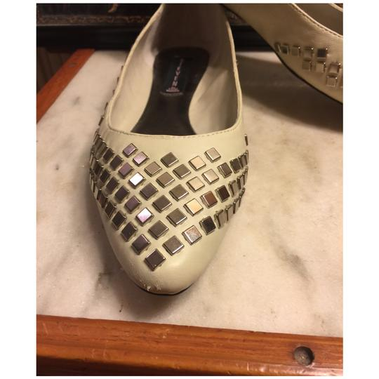 Steve Madden Putty (very light grayish-beige)/ Silver Flats Image 4