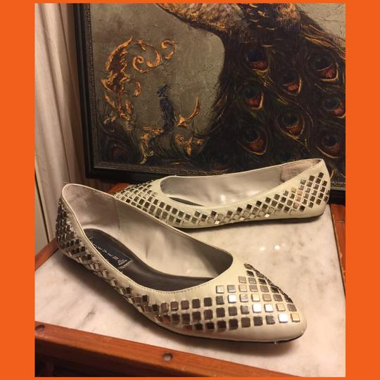 Steve Madden Putty (very light grayish-beige)/ Silver Flats Image 5