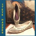 Steve Madden Putty (very light grayish-beige)/ Silver Flats Image 6