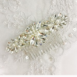 Clear Ivory Hair Accessory
