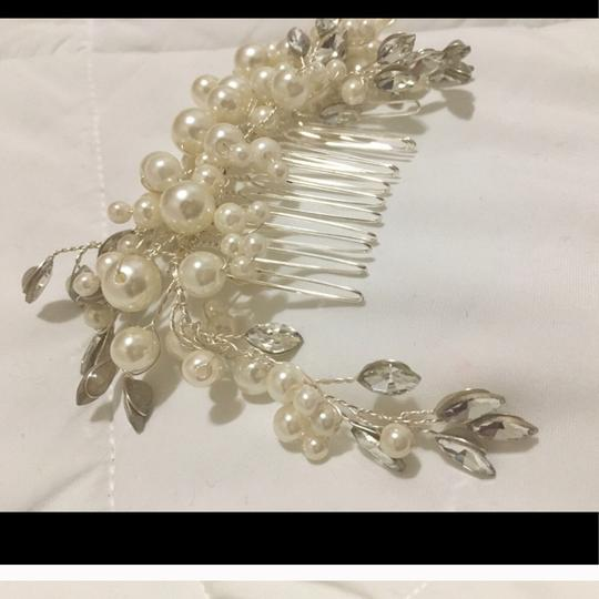 Pearl Comb Ivory White Clear Jury Pin Brooch Bridesmaids Hair Accessory Image 1
