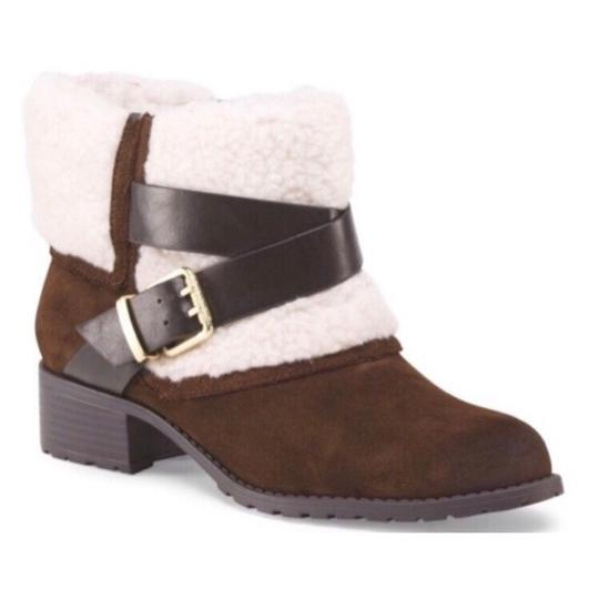 Preload https://img-static.tradesy.com/item/21821949/charles-by-charles-david-brown-suede-shearling-gold-buckle-bootsbooties-size-us-7-regular-m-b-0-0-540-540.jpg
