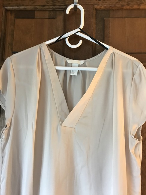 H&M Polyester Cap Sleeve V-neck Silky Feel Comfortable Tunic Image 4