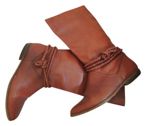 Allegre Braid Accent Suede Lined warm brown Boots