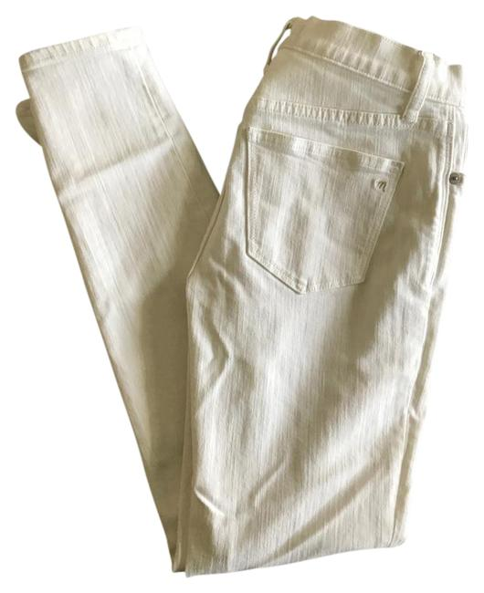 Item - White Light Wash High-rise - Skinny Jeans Size 27 (4, S)