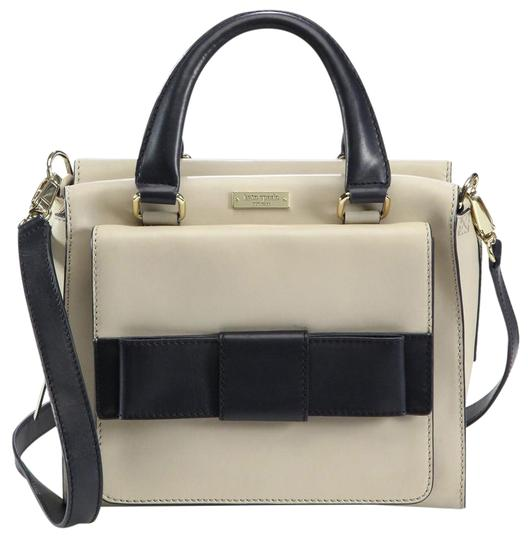 Preload https://img-static.tradesy.com/item/21823013/kate-spade-little-kennedy-bow-bridge-cement-admiral-leather-satchel-0-1-540-540.jpg