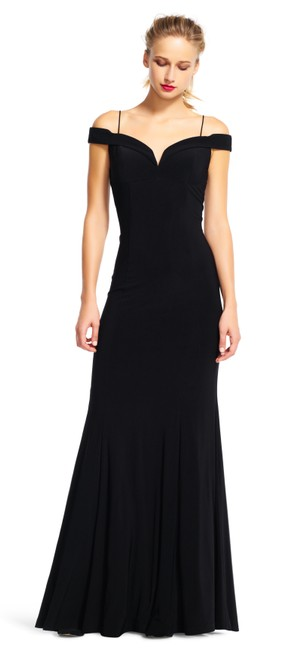 Item - Black Polyester Jersey Off The Shoulder Mermaid Gown Sexy Bridesmaid/Mob Dress Size 2 (XS)