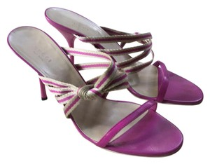 7bb8a795283 Purple Gucci Sandals - Up to 90% off at Tradesy