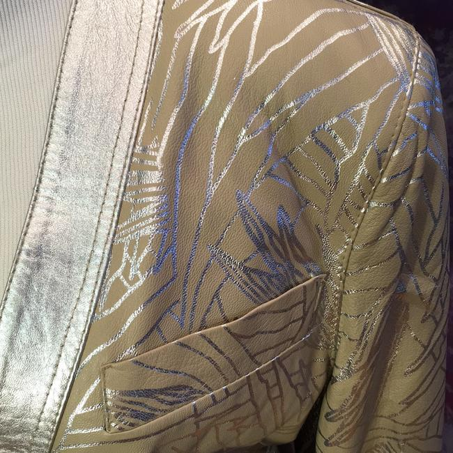 Lillie Rubin Vintage Painted beige with metallic silver pattern Leather Jacket Image 1