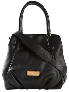 Marc by Marc Jacobs New Q Leather Tote Shopper Shoulder 888877109473 M0009406 Satchel in Black