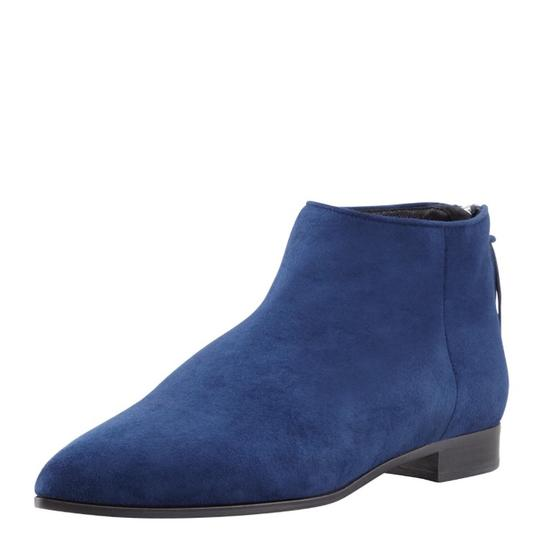 Preload https://img-static.tradesy.com/item/21827636/miu-miu-navy-suede-point-toe-flag-bootsbooties-size-us-75-regular-m-b-0-0-540-540.jpg