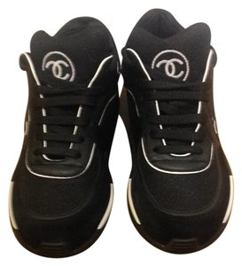 7b6274931852 Chanel Sneakers on Sale - Up to 70% off at Tradesy