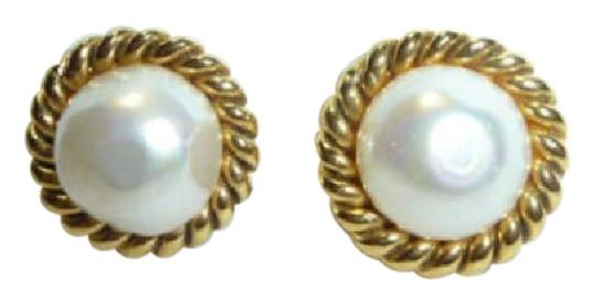 Preload https://img-static.tradesy.com/item/21830977/chanel-gold-plated-cc-imitation-pearl-vintage-earrings-0-1-540-540.jpg