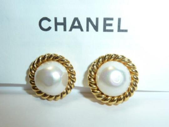 Chanel CHANEL Gold Plated CC Imitation Pearl Vintage Earrings Image 6