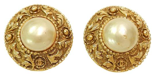 Preload https://img-static.tradesy.com/item/21830986/chanel-gold-plated-cc-imitation-pearl-vintage-earrings-0-1-540-540.jpg