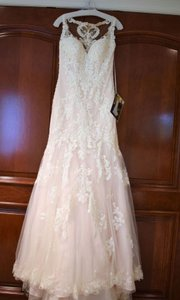 Essense of Australia Ivory Lace Over Ivory Gown with Porcelain Tulle D2208 Modern Wedding Dress Size 10 (M)