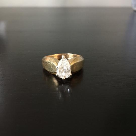 Gold Si1 Engagement Ring Image 2