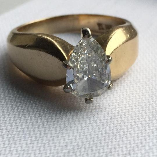 Gold Si1 Engagement Ring Image 7