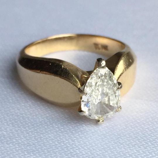 Gold Si1 Engagement Ring Image 8