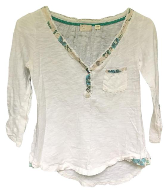 Preload https://img-static.tradesy.com/item/21833477/white-with-blue-floral-detail-anthropologie-34th-sleeve-cotton-tee-shirt-size-2-xs-0-1-650-650.jpg