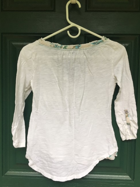 9-H15 StCl Henley Cotton Anthropologie T Shirt White with Blue Floral Detail Image 7
