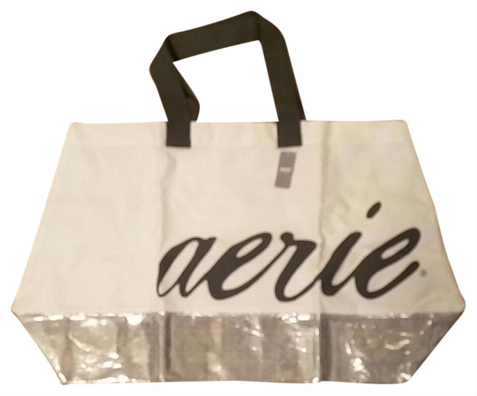 Aerie Tote In White