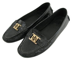 Tory Burch Loafer 8 M Leather Comfort Tumbled Kendrick Gold Logo Driver Patent Pebble black Flats