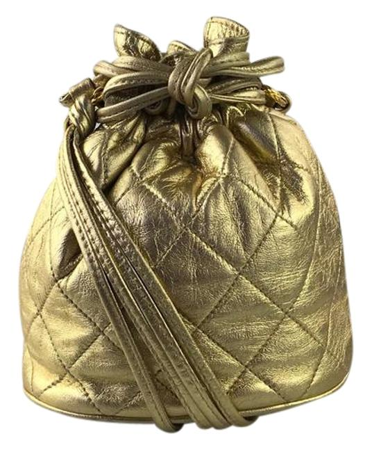 Item - Bucket Small Quilted Cc Gold Leather Cross Body Bag