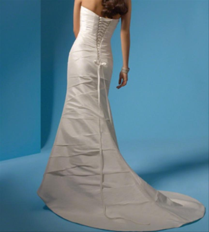 Alfred Angelo White R2034 Formal Wedding Dress Size 2 (XS) - Tradesy
