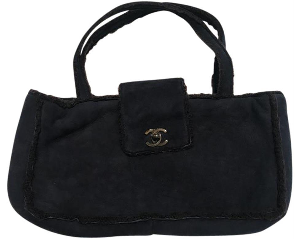 4fd502463ca9 Chanel Clutch Flap Navy Blue with Brown Shearling Lining Suede Leather Tote
