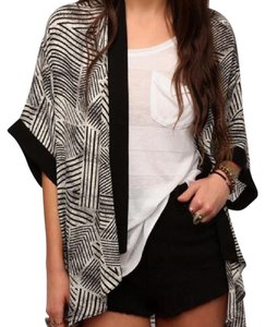 Silence + Noise Urban Outfitters Kimono And Cape