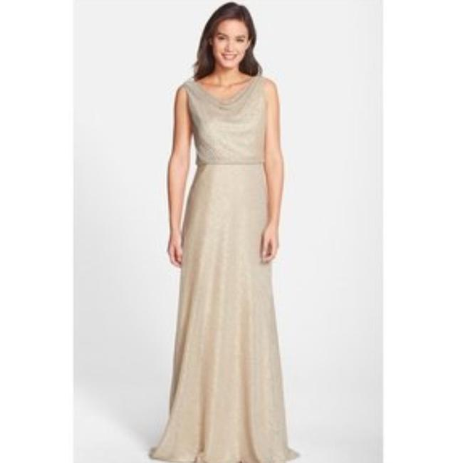 Item - Gold Chiffon/Rayon Shimmery Gown Formal Bridesmaid/Mob Dress Size 6 (S)