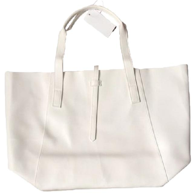Item - Bag White Faux Leather Tote