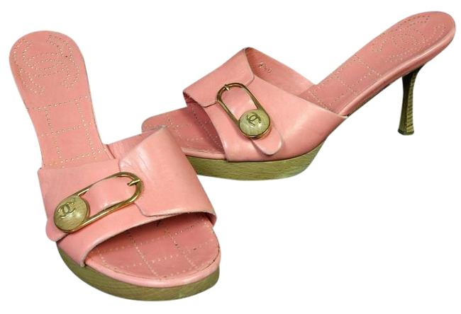 Item - Pink Classic Perforated Leather Cc Wooden Sandals 38.5 Mules/Slides Size US 7.5 Regular (M, B)