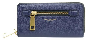 Marc Jacobs Gorgeous Marc Jacobs Continental Wallet M303-56
