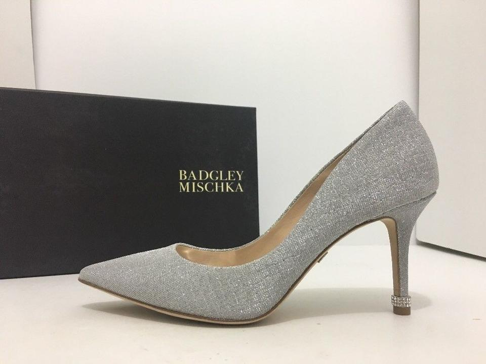 8a0a0132106 Badgley Mischka Silver Woven Metallic Fabric Noel Women s Evening High Heels  Formal Shoes Size US 7.5 Regular (M