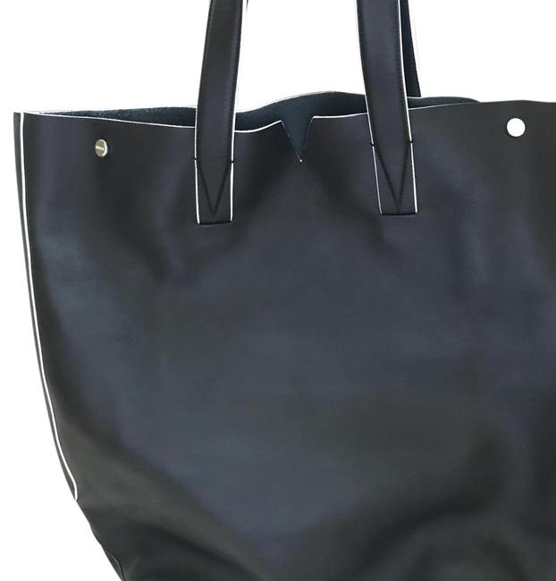 Item - North South Black Leather Tote