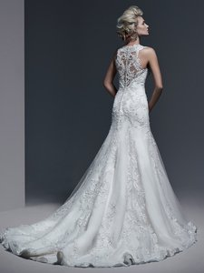 Sottero and Midgley Ivory/Silver Accent Embroidered Lace Over Tulle Over A Satin Lining Monticella Vintage Wedding Dress Size 6 (S)